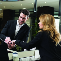 Front Desk / elevate the front desk experience with fast, personalized customer service